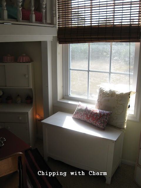 Chipping with Charm:  Lofted Cottage Bed...http://www.chippingwithcharm.blogspot.com/