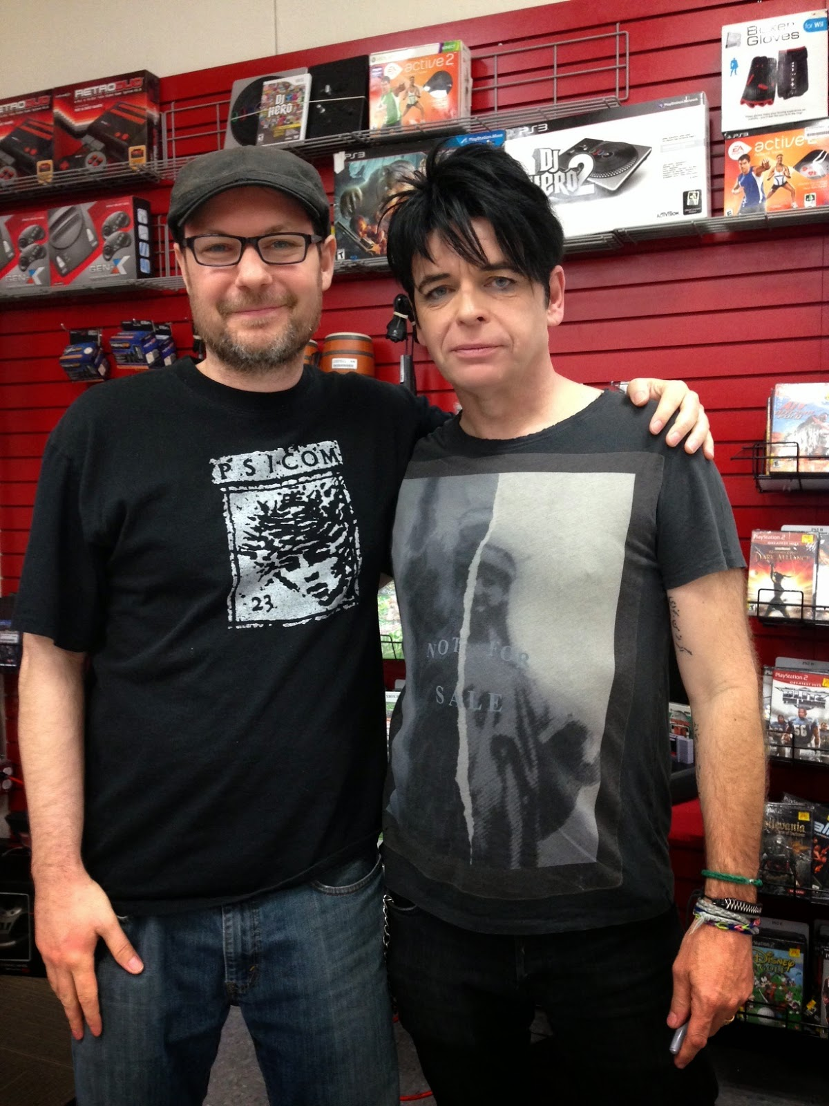 Life on this planet friday on the turntable gary numan splinter me and gary numan m4hsunfo