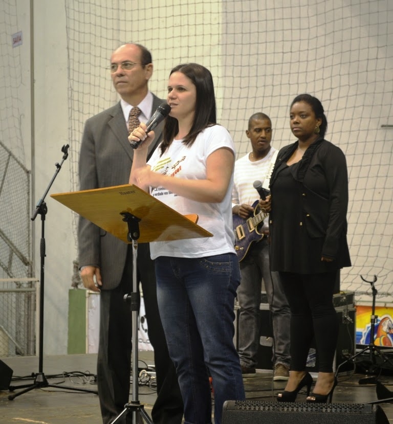 Pastor Zilmar Leite com a filha Márcia, coordenadora do evento