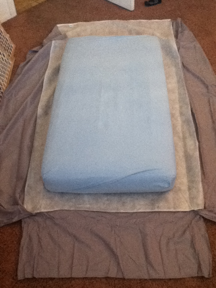 Bellapia Clothing Co.: DIY Crib Skirt from twin Bed Skirt