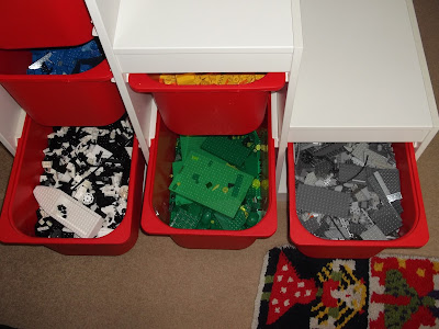 Lego: organising and storing by Feminist Cupcakes