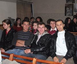 """În sala de festivităţi a Liceului """"Victor Brauner"""" - Piatra Neamţ (8.10.2012)"""