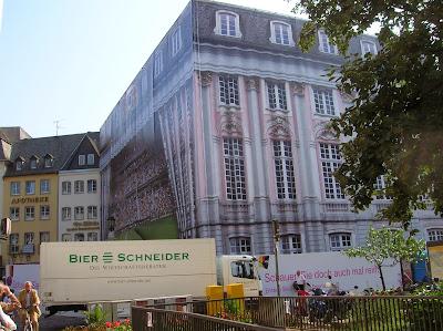 Ayuntamiento Antiguo, Altes Rathaus, Bonn, Alemania, round the world, La vuelta al mundo de Asun y Ricardo, mundoporlibre.com