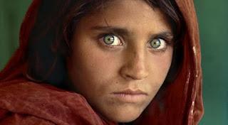 ojos verdes, Sharbat Gula