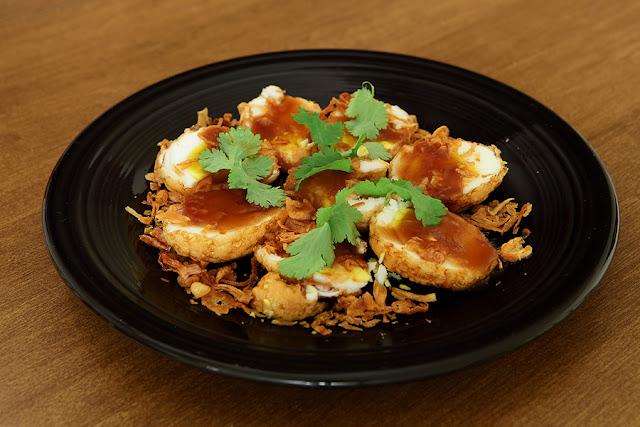 Eggs with Thai tamarind sauce