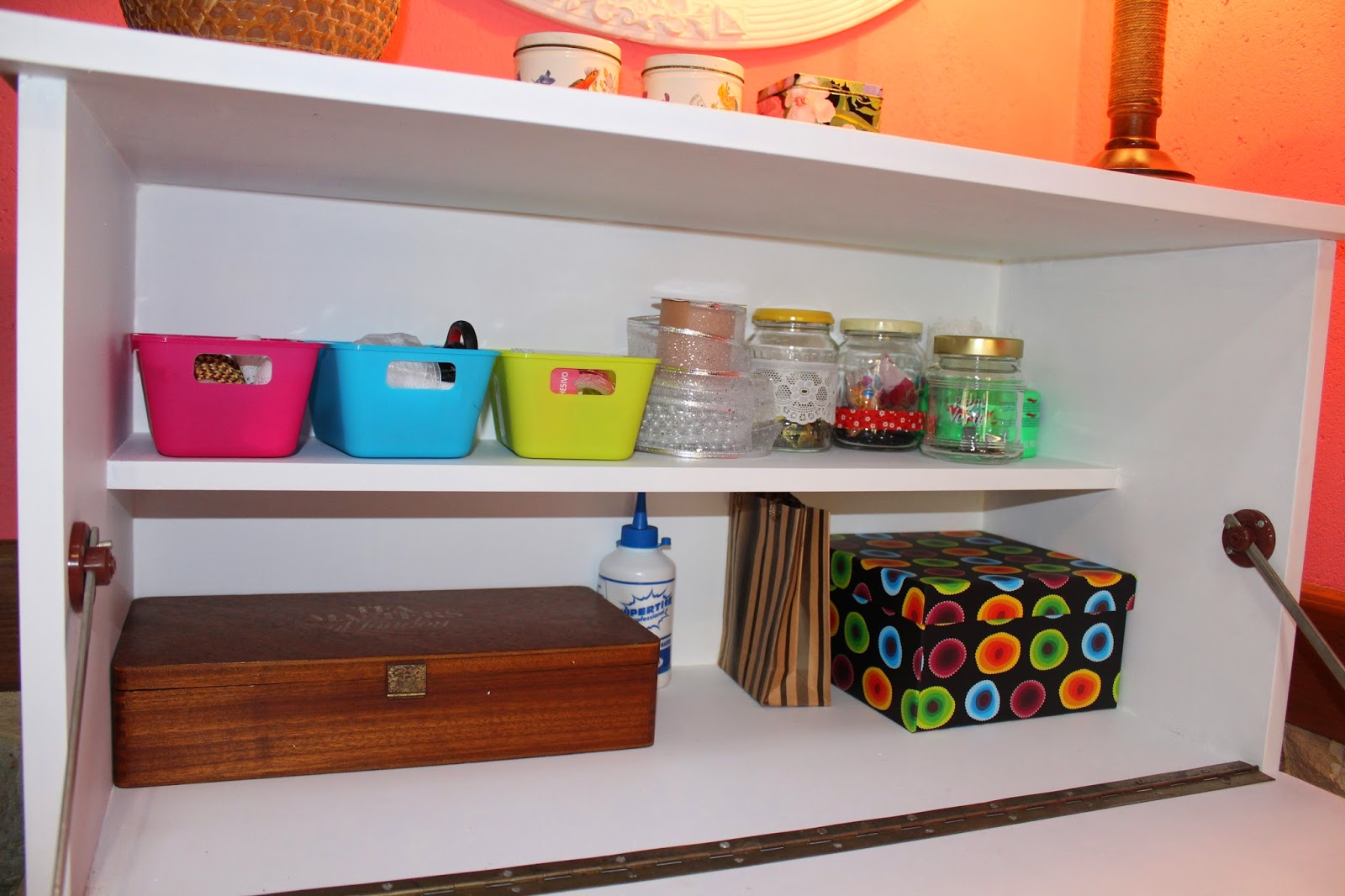 Gloria vintage escritorio de formica - Grapadora para tapizar muebles ...
