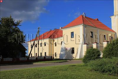 монастырь бернардинцев в Ивье