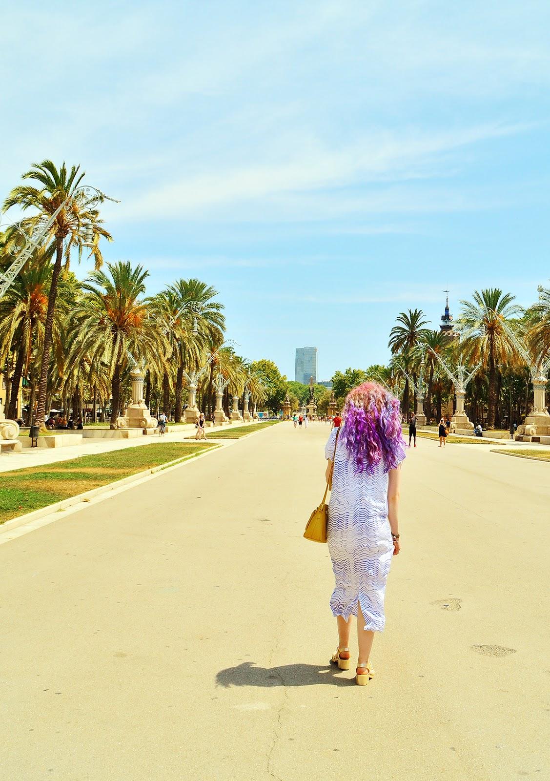 Stephi LaReine Travel Blogger Barcelona