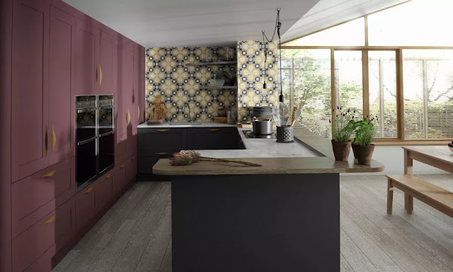 the many painted colours of Shaker kitchens