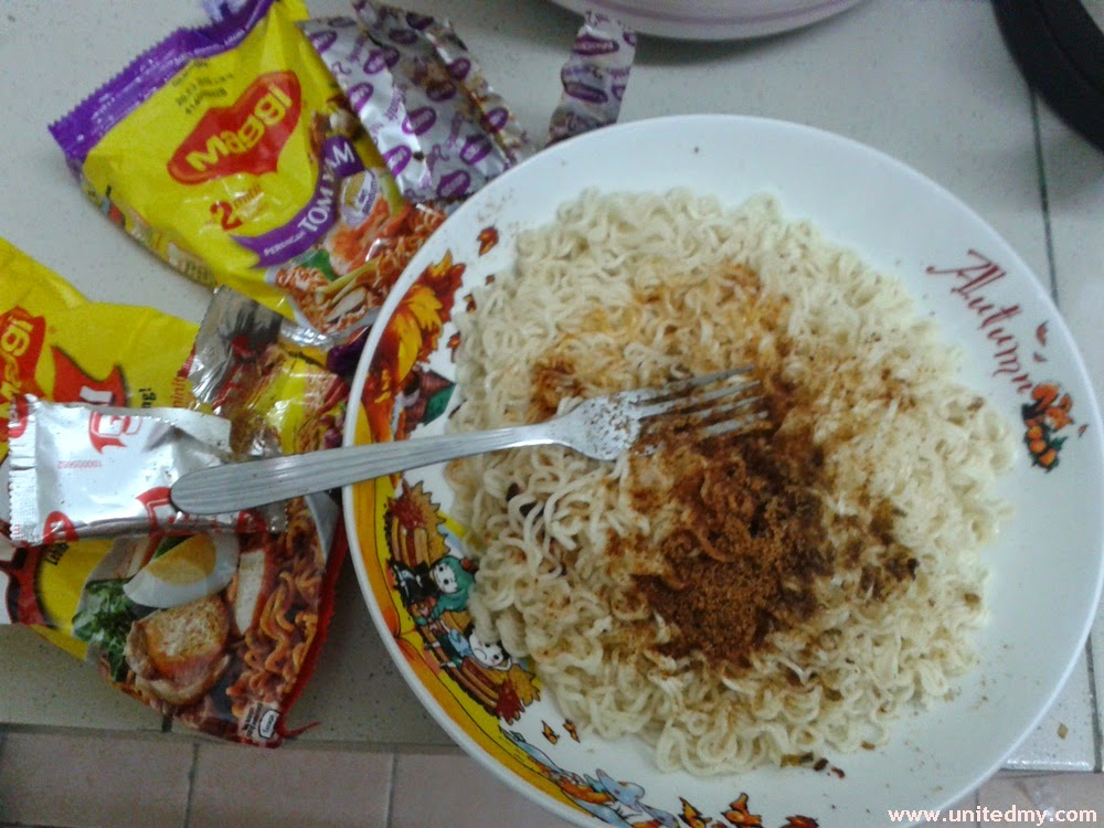 Maggi Tomyam and Curry Kahwin