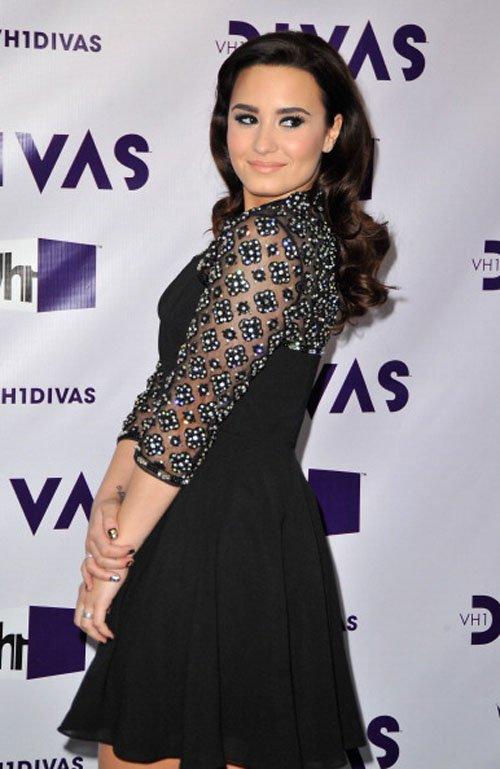 Demi Lovato en VH1 Divas 2012 Demi-divas-2012-005
