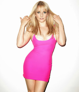 Melissa Rauch posa para Esquire, Bernadette en The Big Bang Theory