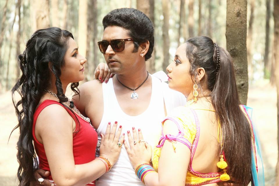 Yash Mishra, Rani Chatterjee, Priyanka Pandit Shooting stills of Bhojpuri Movie Ichhadhari