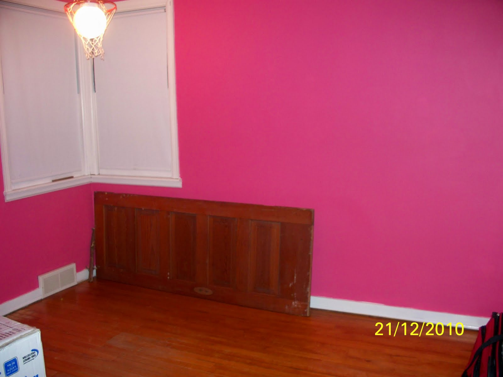 displaying 13 images for light pink bedroom walls