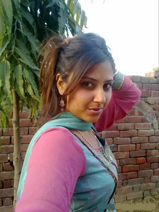 pakistani college girl porn