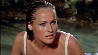 Bond-Dr-No-Honey-Ryder-2-Ursula-Andress-
