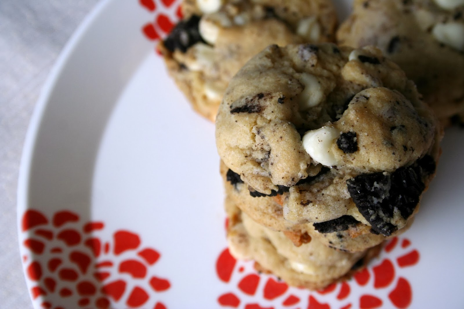 For the Love of Food: Oreo White Chocolate Pudding Cookies