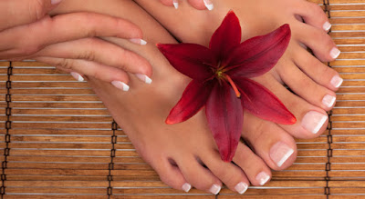 Home bath to treat and prevent fungal foot