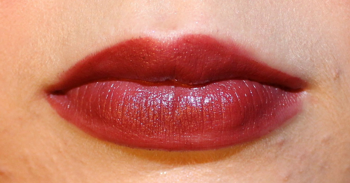 Mary Kay Semi-Matte Lipstick in Ruby Night