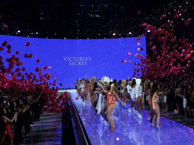 victoria's secret fashion show 2015 color block by felym mariafelicia magno fashion blogger color block by felym fashion blog italiani fashion blogger bergamo fashion blogger milano