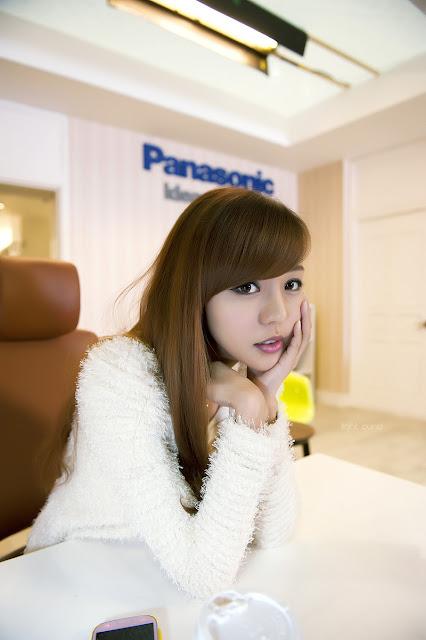 Seo Jin Ah - BroCine Show 2012