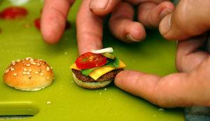 мини бургер, гамбургер, макдак