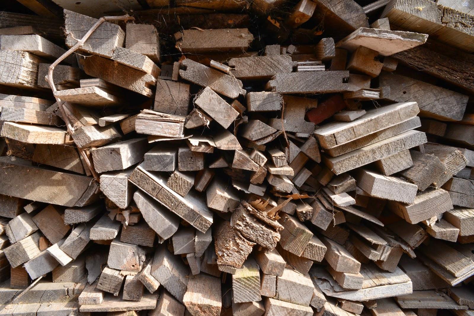 Menuiserie du roucas beno t parent lot de bois stere chutes bois bois de chauffage - Stere de bois ...