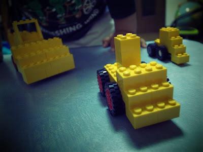 レゴ ブルドーザー 中