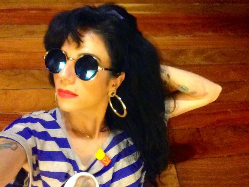 """Sósia Amy Winehouse Carina Brandão - participação especial no """"Esquadrão da Moda"""" no SBT"""