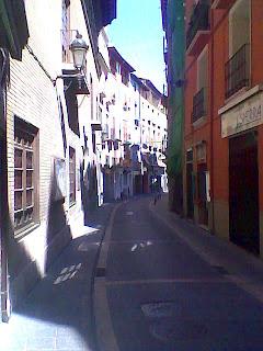 Calle Argensola - Calle Mayor en Barbastro (Somontano, Huesca, Aragón, España)