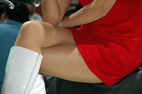 Tips Tampil Seksi dengan Rok Mini