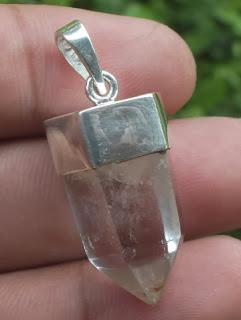 pendulum crystal