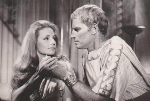 """Marco Antonio y Cleopatra"" Carmen sevilla Charlton Heston"