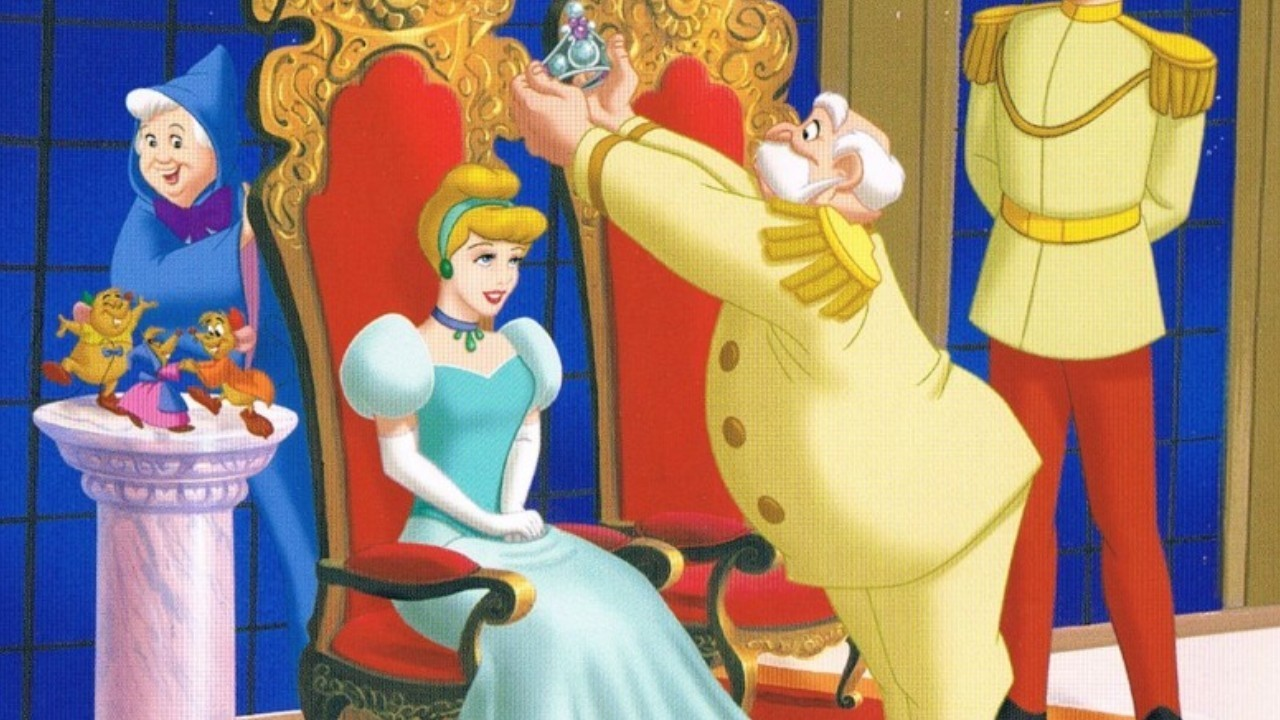 King putting crown on Cinderella Cinderella II: Dreams Come True 2002 animatedfilmreviews.filminspector.com