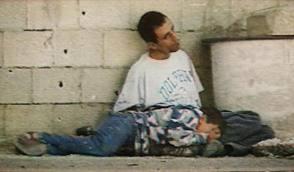 مقتل الطفل السوري «فداء محمد الضيا» في مدينة نوى بدرعا بسوريا امام ابيه