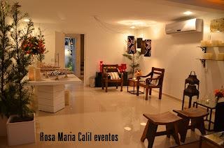 móveis brancos, móveis rústicos, velas, atelier Rosa Maria Calil, bancos madeira, lampião ferro