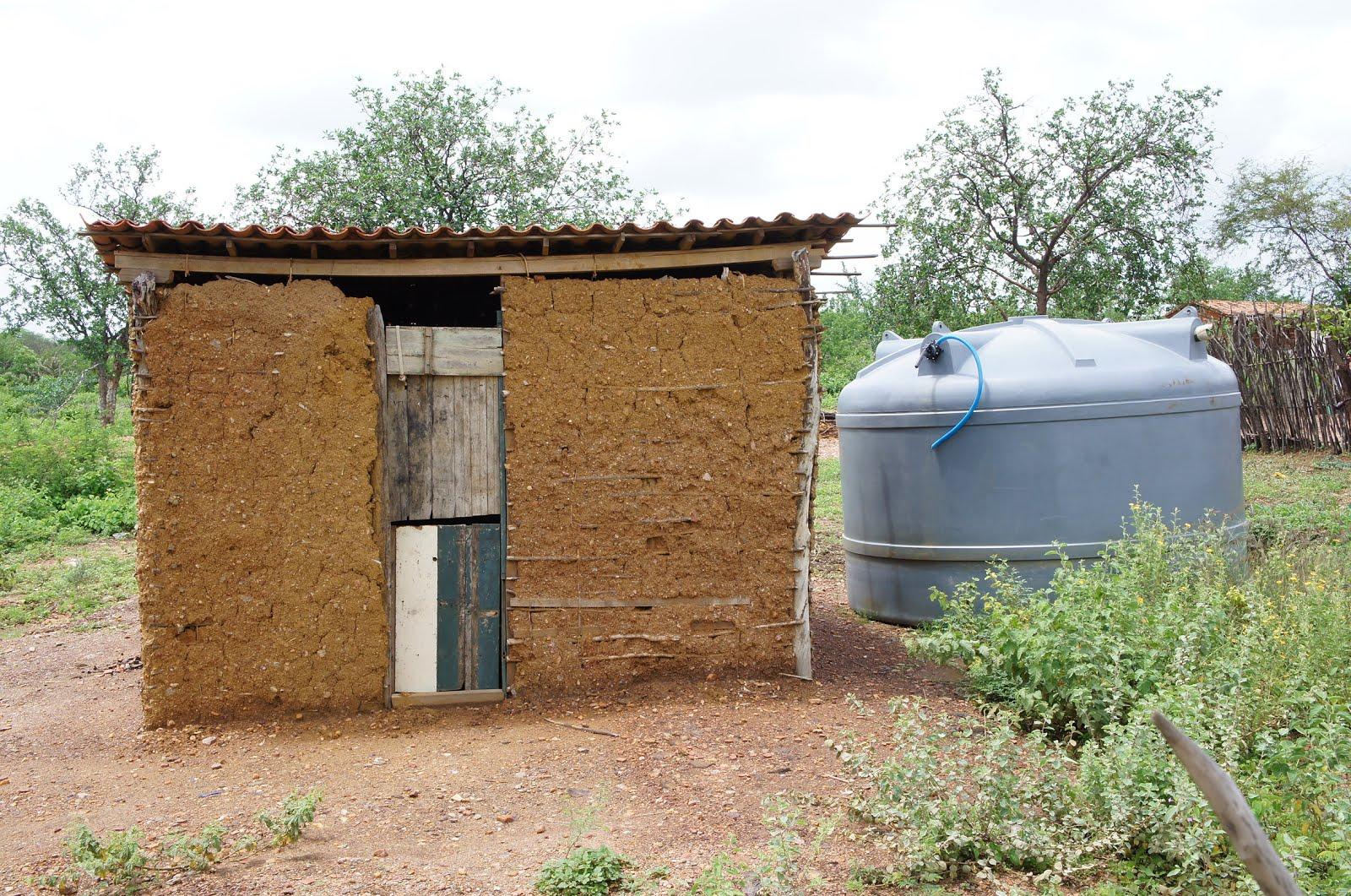 O que o agricultor precisava! de uma casa ou de uma cisterna!