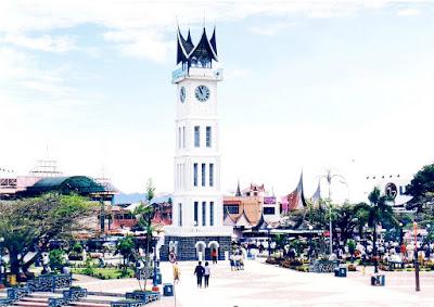 Tempat Objek Wisata Jam Gadang Bukittinggi Sumatera Barat (Sumbar)