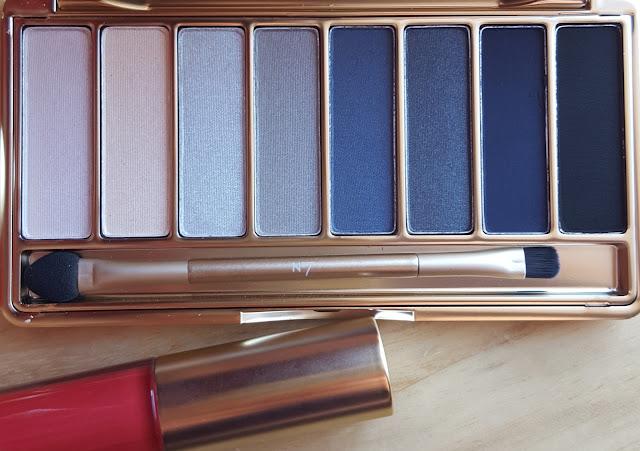 No.7 80th Anniversay Eye Shadow Palette in Smokey