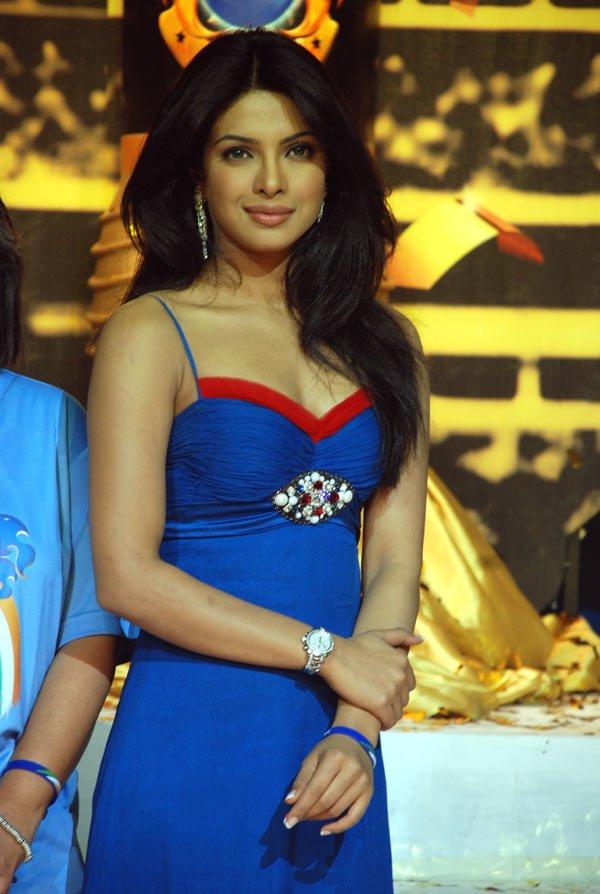 Chopra - Priyanka Chopra (MISS WORLD 2000) Priyanka+chopra+%252820%2529