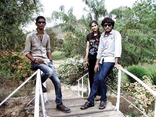 girls and boys friends at bridge kanak ghati jaipur