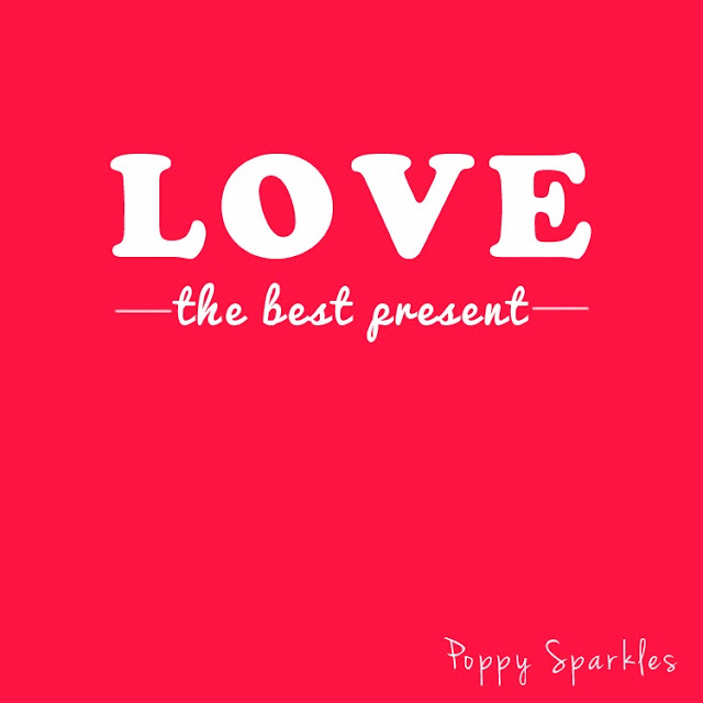 Love - the best present you can give. #quotation #love #words #typography #present