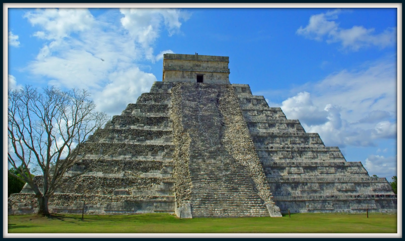myan calender The maya calendar was this culture's link to the divine powers from the yucatan in mexico comes their calendar and mathematical.