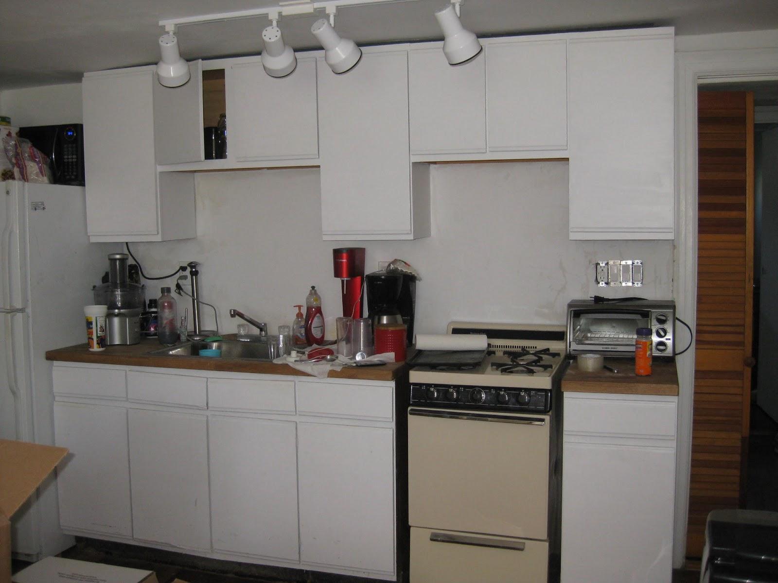 Sweet tea off the g diy kitchen cabinet remake for Kitchen remake