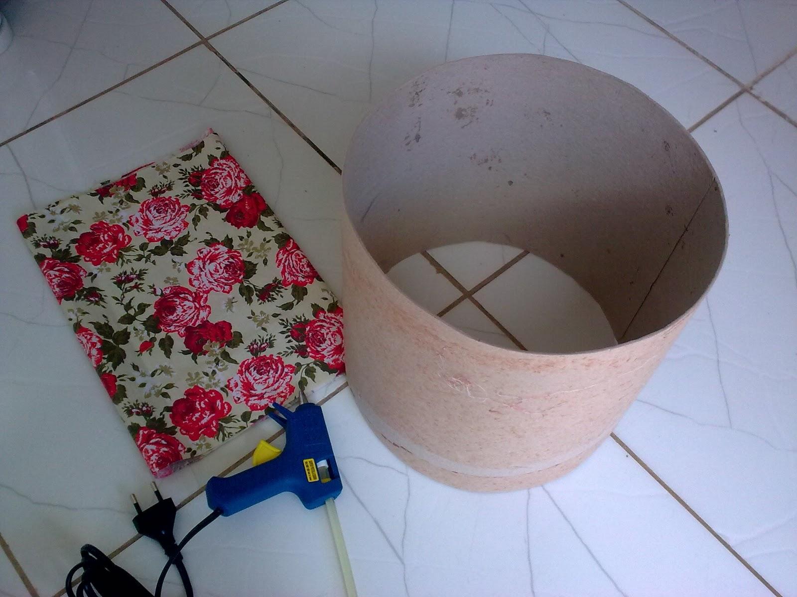 decoracao de interiores simples e barata : decoracao de interiores simples e barata:Lar Sempre Lar: Cúpula feita de Barrica de papelão, Linda.