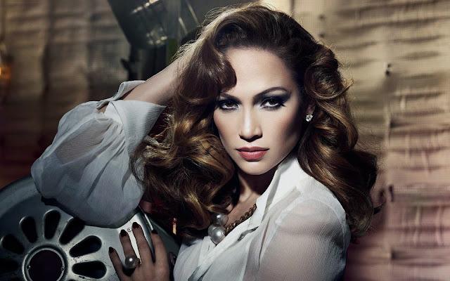 Glamour Jennifer Lopez