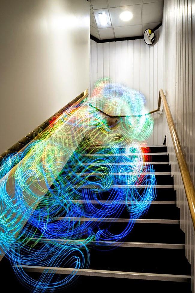 Luis Hernan đã chụp hình ảnh sóng Wifi bằng cách nào? và các hình ảnh đẹp ( Có link tải luôn nha) Hinh+anh+thuc+song+wifi+9
