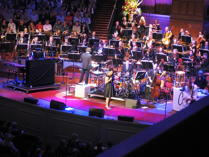 Caro Emerald Metropole Orkest Orchestra Concert Amsterdam