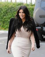 Kim Kardashian snuck away for Lunch with Mason & Scott Kim_Kardashian_Sunk_002