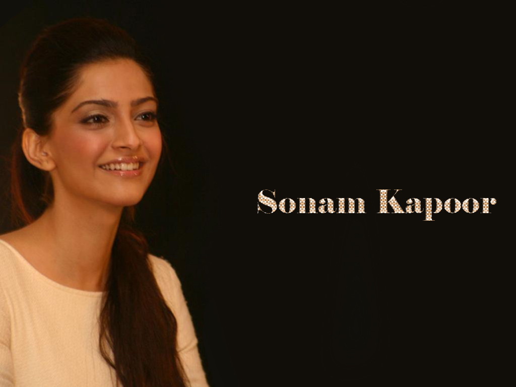 Sonam Kapoor Face Close Up1 - Sonam Kapoor Face Close Up Wallpapers